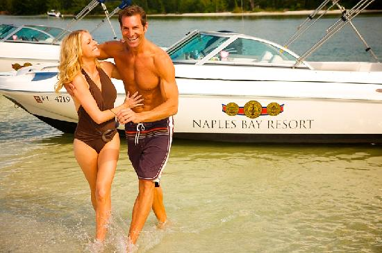 Naples Bay Resort free boat rental packages