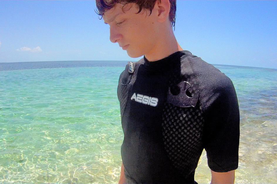 lifeshirt floatation device